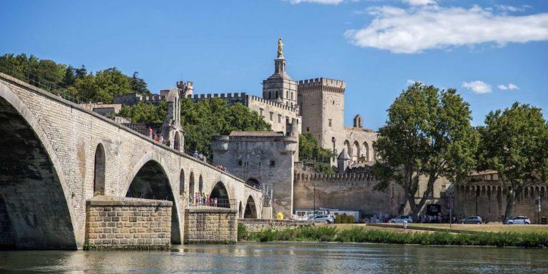 Le pont St-Bénézet et le Palais des Papes